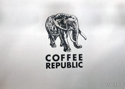 namalowane logo firmy