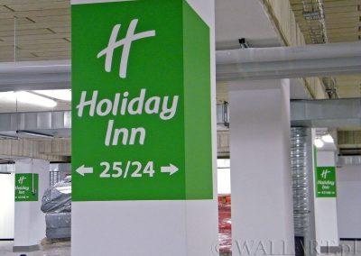 wykonane oznakowanie parkingu - Holiday Inn