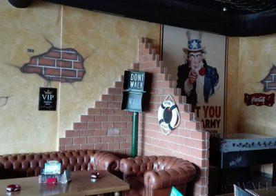 malowidło ścienne w pubie