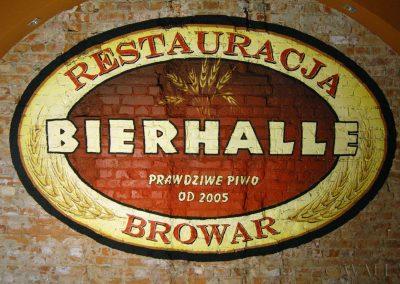 malowidło ścienne na cegłach - logo Bierhalle
