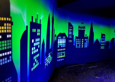 malowidło ścienne  - budynki - farby fluorescencyjne UV