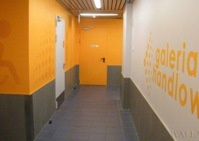 malowanie dekoracyjne na korytarzu - grafika