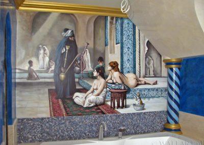 orientalne malowidło ścienne w łazience