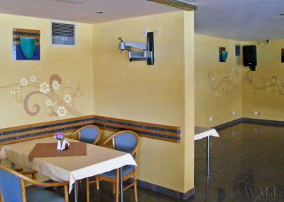 malowidło ścienne w restauracji