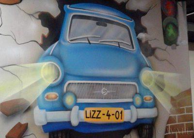 malowidło ścienne - namalowany samochód na ścianie