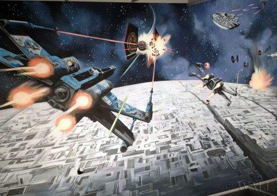 malowidło w pokoju na suficie Star Wars