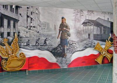 wykonany mural na ścianie w szkole