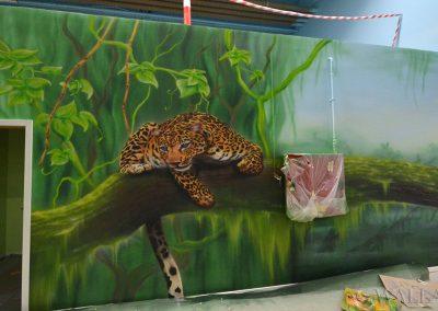 malowidła ścienne w sali zabaw - lampart