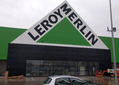 namalowane logo Leroy Merlin