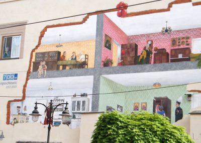 zbliżenie muralu - namalowane pokoje