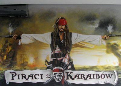 pomalowana ściana w pokoju - Piraci z Karaibów