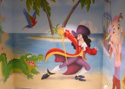 wykonane malowidło na ścianie - pirat i krokodyl