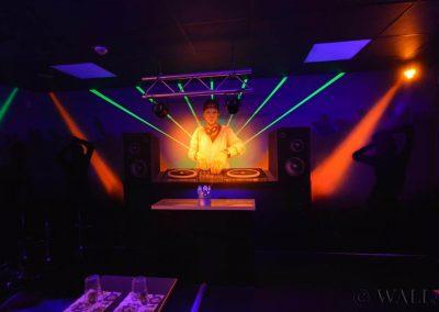 malowidła ścienne - pokój urodzinowy - disco  - malowanie fluorescencyjne UV