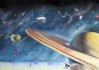namalowany Saturn - malowidło ścienne