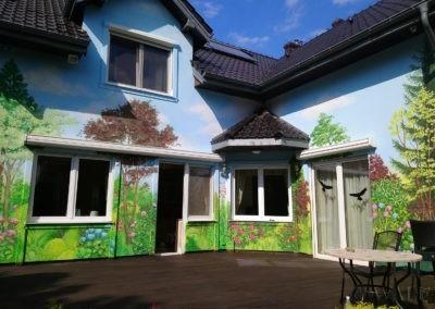 namalowany ogród na tarasie