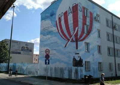 wykonany mural uczczący dokonania Franciszka Hynka