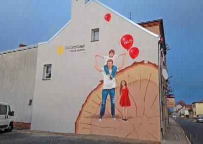 drugi mural - naprzeciwko pierwszego