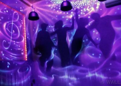 malowanie UV fluorescencyjne - pokój disco